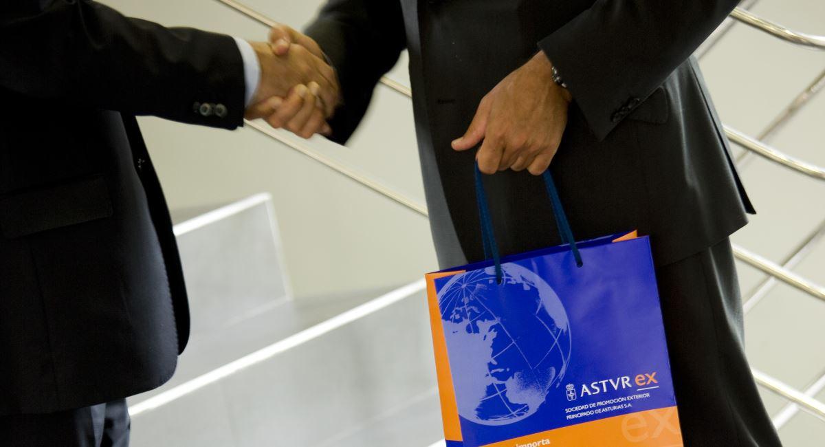 empresas asturianas y una delegación institucional participan en una misión comercial