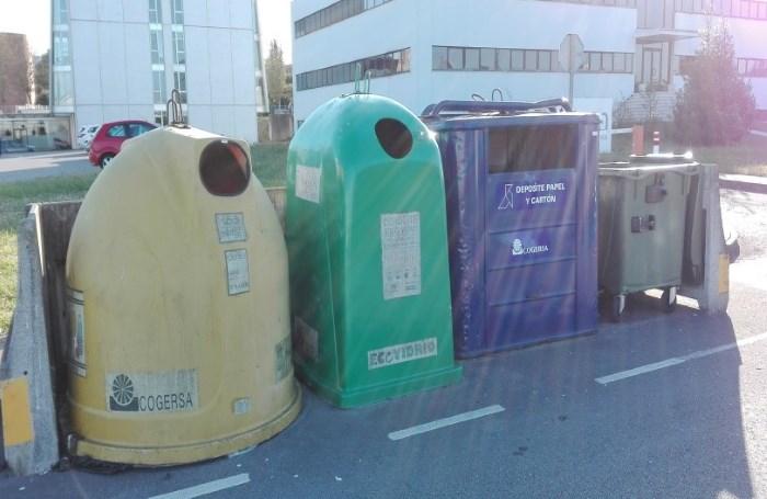 contendores-recogida-separada-parque-residuo-cero